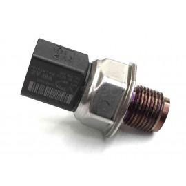 Capteur pression carburant common rail remplace 04L906054